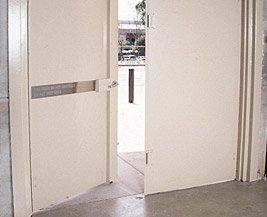 Four Point Lock for Double Door