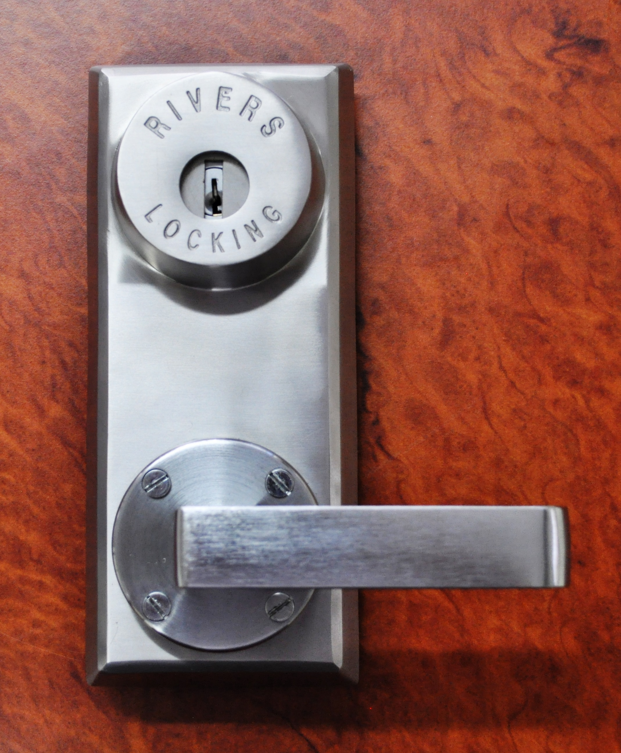 Lever Locking System : Rivers brings new four point self latching lock to market